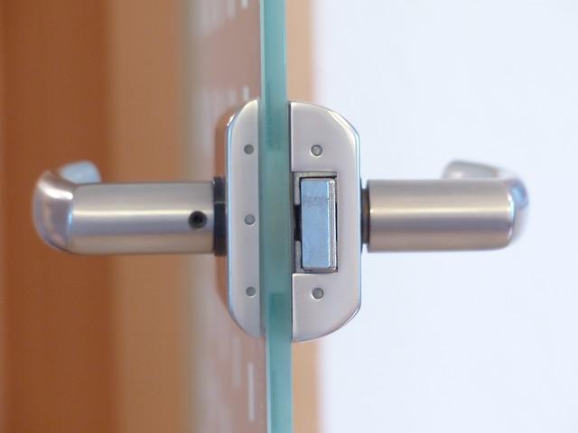 skleněné dveře.jpg