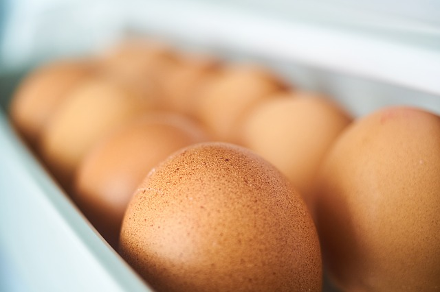 Detail na vajíčka v škatuli